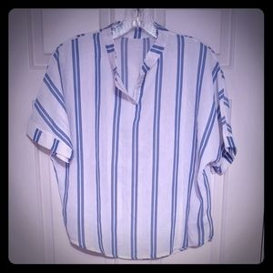 *Get it for💲2* White & Blue Striped Cotton Top